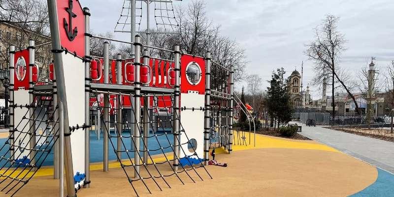 Место самостроя в районе Коптево заняли детская площадка и сквер. Фото: mos.ru