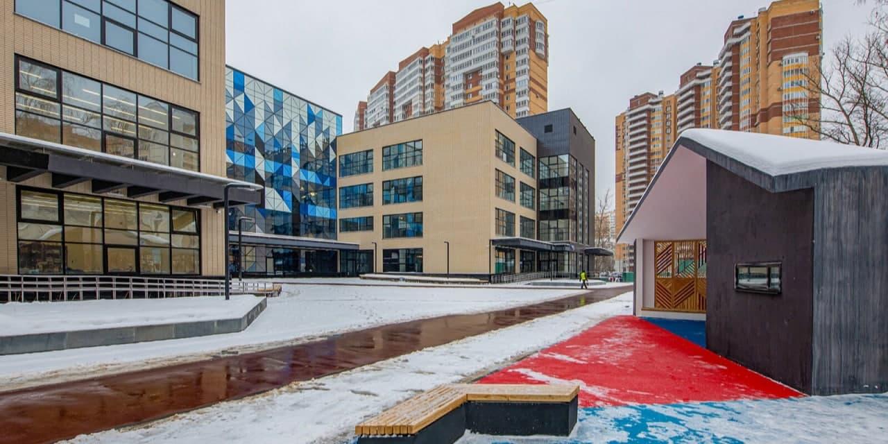 В школе № 158 идет набор в классы инновационного корпуса. Фото:  mos.ru