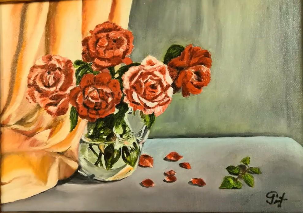 Выставка картин жительницы Левобережного открылась на Беломорской. Скриншот с видео филиала «Левобережный» ТЦСО «Ховрино» на платформе YouTube